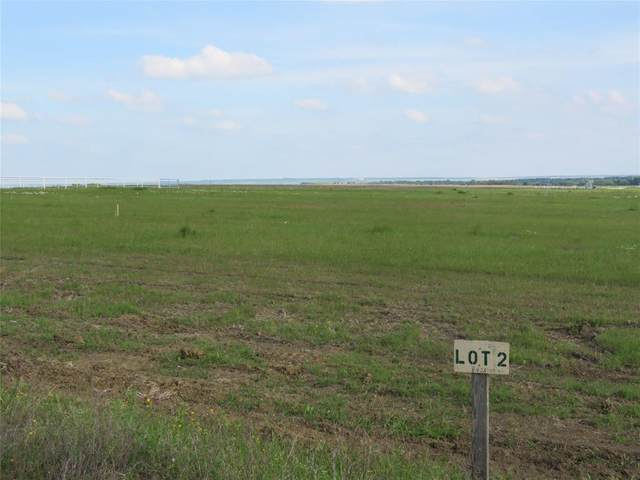 8426 County Road 301, Grandview, TX 76050 (MLS #14336702) :: Potts Realty Group