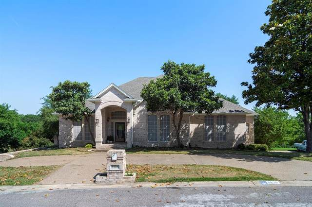 8636 Overland Drive, Fort Worth, TX 76179 (MLS #14336795) :: Real Estate By Design