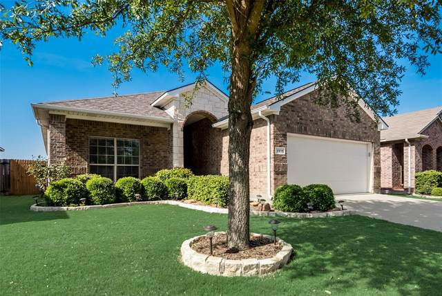 1416 Zanna Grace Way, Fort Worth, TX 76052 (MLS #14336998) :: The Paula Jones Team | RE/MAX of Abilene
