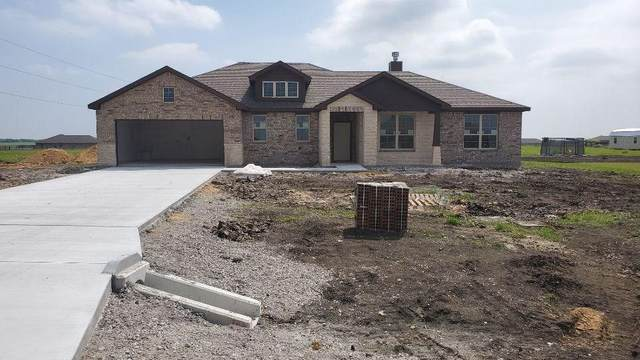 107 Crest Lane, Decatur, TX 76234 (MLS #14337893) :: NewHomePrograms.com LLC