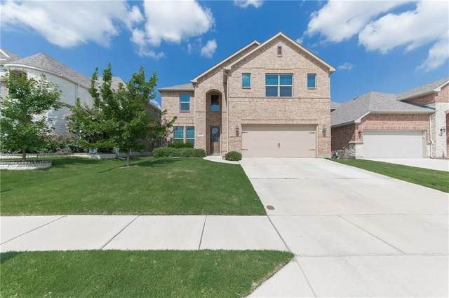 8725 Devonshire Drive, Fort Worth, TX 76131 (MLS #14338211) :: All Cities USA Realty
