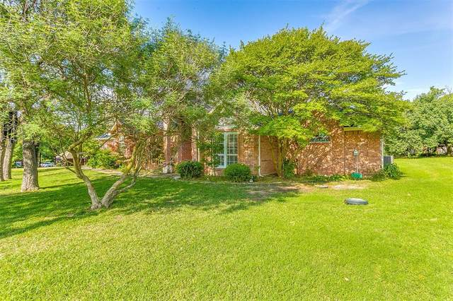 2740 Bent Oaks Drive, Burleson, TX 76028 (MLS #14338534) :: The Mitchell Group
