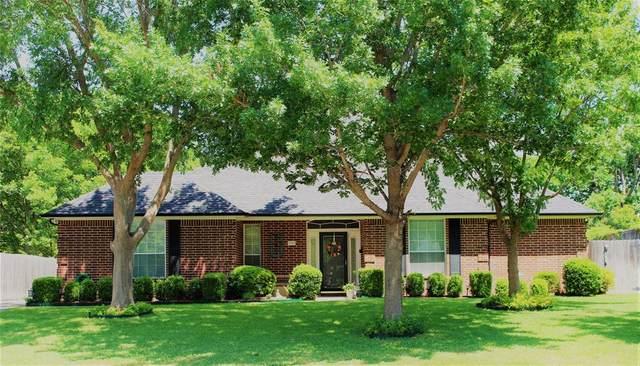5947 Bellaire Drive, Benbrook, TX 76132 (MLS #14339027) :: Keller Williams Realty