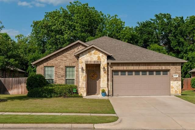 9305 Corbin Court, Arlington, TX 76002 (MLS #14339906) :: Frankie Arthur Real Estate