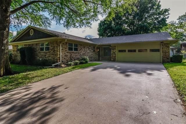 609 Edwards Drive, Denison, TX 75020 (MLS #14339982) :: The Heyl Group at Keller Williams