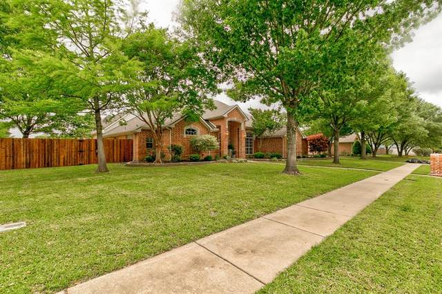 5611 Mulberry Lane, Midlothian, TX 76065 (MLS #14340820) :: Century 21 Judge Fite Company