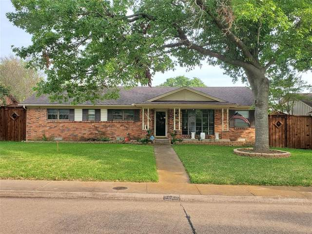 5226 Banting Way, Dallas, TX 75227 (MLS #14340969) :: The Mitchell Group
