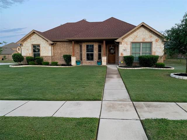 812 Brandt Street, Grandview, TX 76050 (MLS #14341100) :: The Chad Smith Team