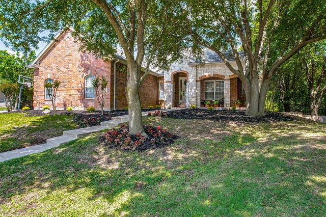 9016 Ranch Bluff Court, Benbrook, TX 76126 (MLS #14341822) :: Potts Realty Group