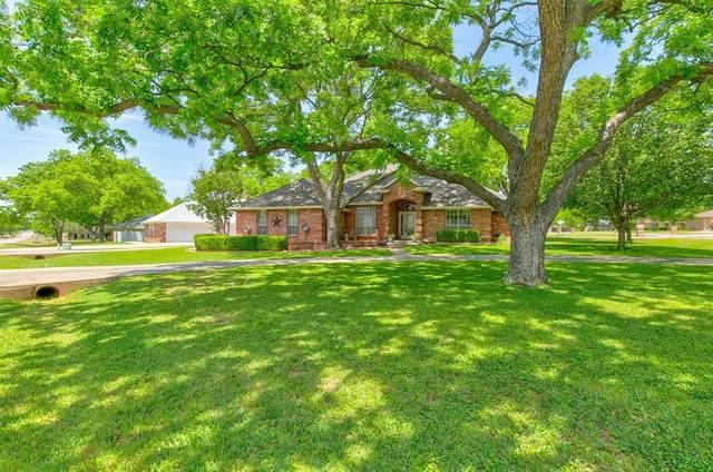 9219 Hanging Moss Drive, Granbury, TX 76049 (MLS #14342461) :: The Chad Smith Team