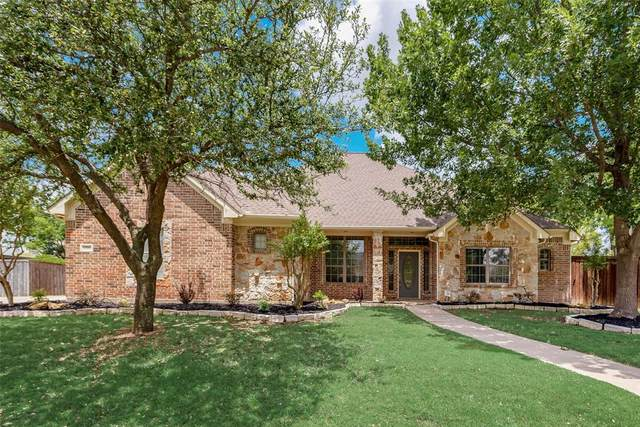 2528 Russwood Drive, Flower Mound, TX 75028 (MLS #14342637) :: The Kimberly Davis Group