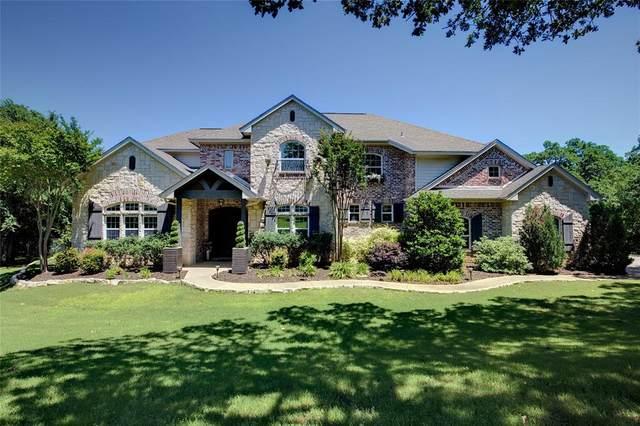 9651 Yellow Rose Lane, Pilot Point, TX 76258 (MLS #14342751) :: Frankie Arthur Real Estate