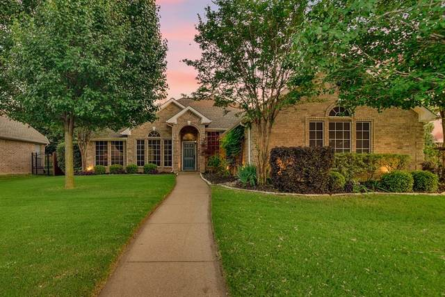 3808 Cross Country Trail, Arlington, TX 76001 (MLS #14343623) :: All Cities USA Realty
