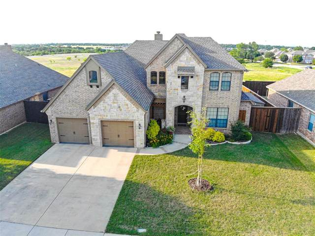 435 Chisholm Trail, Justin, TX 76247 (MLS #14344140) :: The Rhodes Team