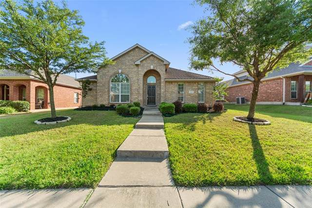 13981 Fall Harvest Drive, Frisco, TX 75033 (MLS #14344596) :: Team Tiller
