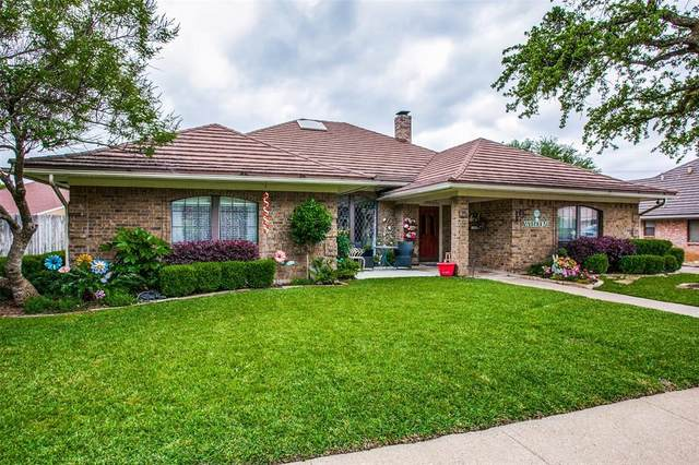 3706 Big Bear Lake Drive, Arlington, TX 76016 (MLS #14344660) :: Baldree Home Team