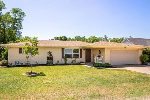 1303 N Church Street, Decatur, TX 76234 (MLS #14344707) :: NewHomePrograms.com LLC