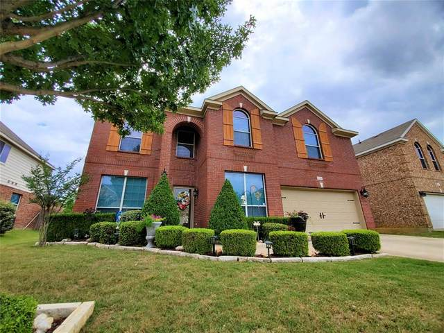 808 Sycamore Street, Burleson, TX 76028 (MLS #14344792) :: The Mitchell Group