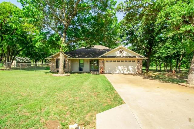 115 Pleasant Oaks, Springtown, TX 76082 (MLS #14345137) :: The Heyl Group at Keller Williams