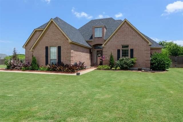 3019 Preston Club Drive, Sherman, TX 75092 (MLS #14345456) :: The Good Home Team