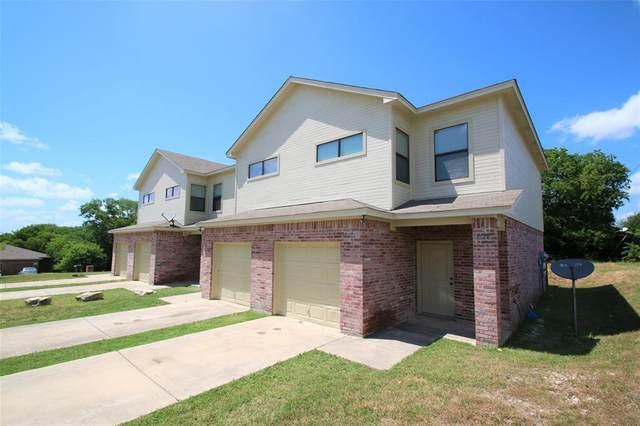 8128 W Elizabeth Lane, Fort Worth, TX 76116 (MLS #14345597) :: Tenesha Lusk Realty Group