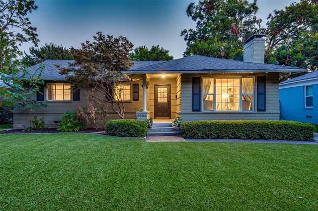 6234 Ravendale Lane, Dallas, TX 75214 (MLS #14345598) :: The Kimberly Davis Group