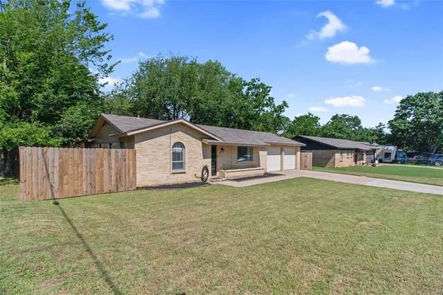101 Briarwood Drive, Kennedale, TX 76060 (MLS #14345618) :: Robbins Real Estate Group