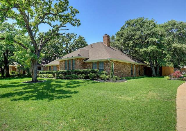 3042 Creekbend Circle, Grapevine, TX 76051 (MLS #14345909) :: The Tierny Jordan Network