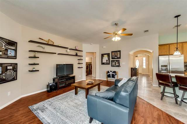 2900 Goodnight Trail, Corinth, TX 76210 (MLS #14345950) :: Real Estate By Design