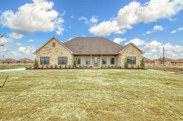 1326 Oliver Creek, Justin, TX 76247 (MLS #14346081) :: The Rhodes Team