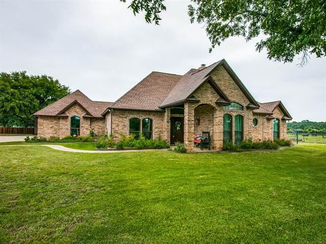 788 County Road 4659, Rhome, TX 76078 (MLS #14346189) :: Real Estate By Design
