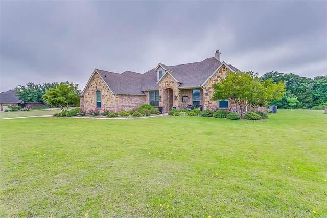 175 Foxpointe Circle, Weatherford, TX 76087 (MLS #14346314) :: The Paula Jones Team | RE/MAX of Abilene