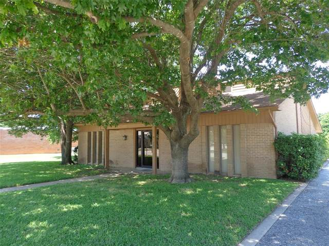 1005 Stevens Street, Bridgeport, TX 76426 (MLS #14346381) :: Premier Properties Group of Keller Williams Realty