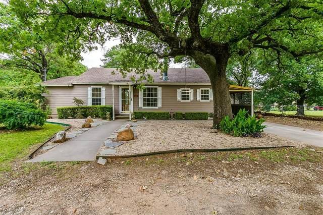 631 Henderson Street, Joshua, TX 76058 (MLS #14346438) :: The Heyl Group at Keller Williams