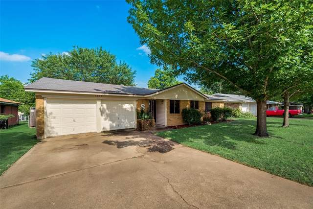 1224 Cavender Drive, Hurst, TX 76053 (MLS #14346713) :: All Cities USA Realty