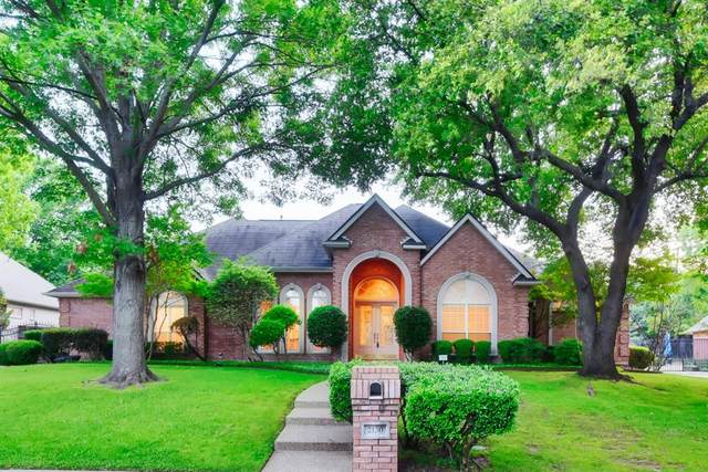 2130 Bay Cove Court, Arlington, TX 76013 (MLS #14346774) :: Real Estate By Design