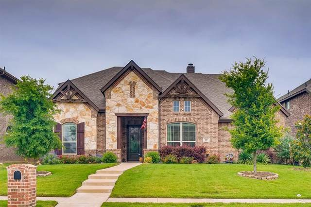 107 White Oak Lane, Red Oak, TX 75154 (MLS #14346794) :: The Paula Jones Team | RE/MAX of Abilene
