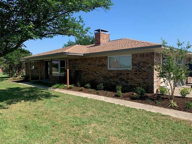 7109 Johnson Lane, Krum, TX 76249 (MLS #14346924) :: The Heyl Group at Keller Williams