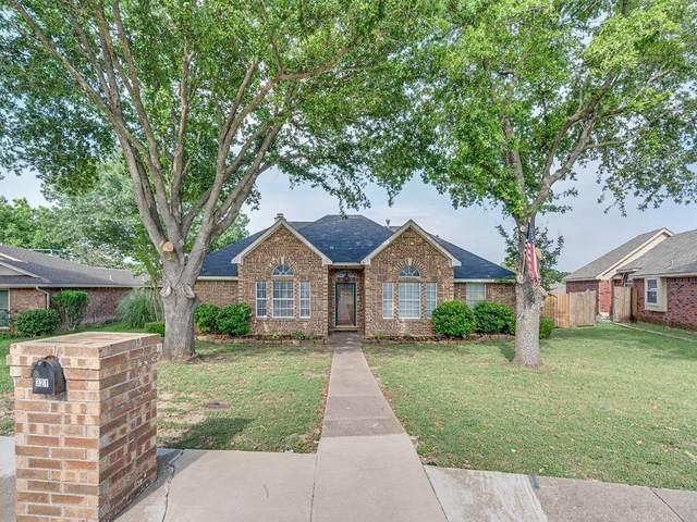 321 N Beltwoods Drive, Desoto, TX 75115 (MLS #14346949) :: The Mauelshagen Group