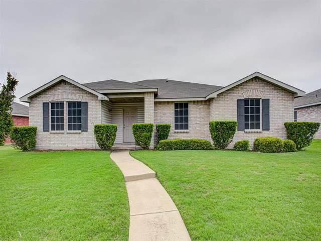 1402 Lochspring Drive, Rockwall, TX 75032 (MLS #14347058) :: RE/MAX Pinnacle Group REALTORS