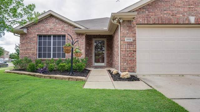 1950 E Dickey Drive, Dallas, TX 75051 (MLS #14347359) :: Real Estate By Design