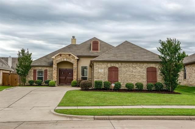 1504 Weeping Willow Lane, Arlington, TX 76002 (MLS #14347374) :: Frankie Arthur Real Estate