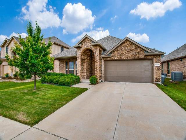 15924 Dorrington Drive, Frisco, TX 75036 (MLS #14347432) :: Real Estate By Design