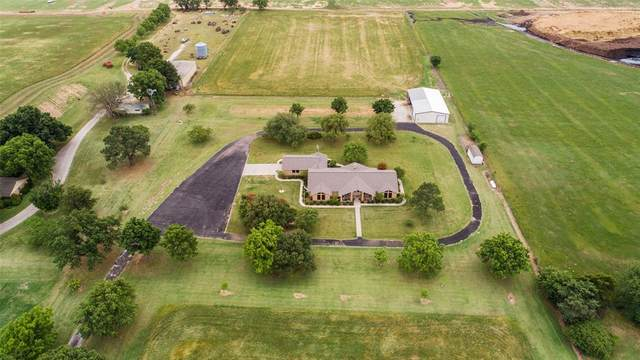 10866 Strittmatter Road, Pilot Point, TX 76258 (MLS #14347468) :: Tenesha Lusk Realty Group