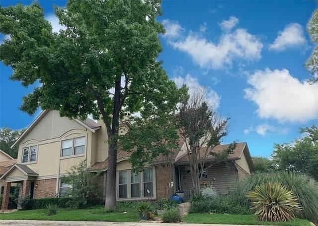 2035 Clubridge Drive, Carrollton, TX 75006 (MLS #14347622) :: Century 21 Judge Fite Company