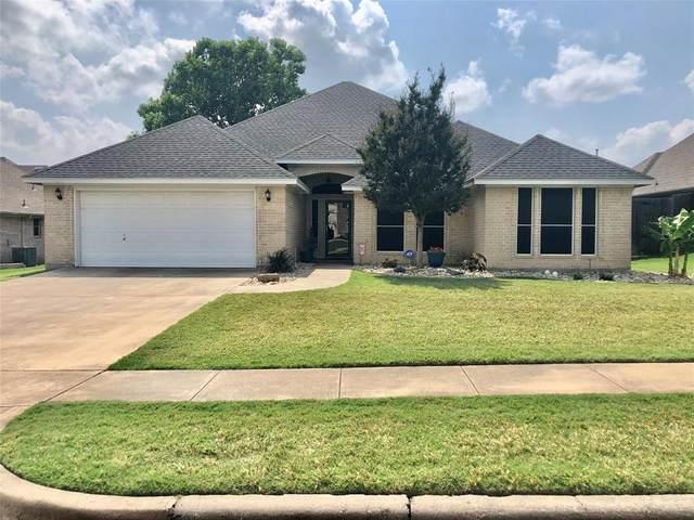 1005 Oak Hill Park, Kennedale, TX 76060 (MLS #14347645) :: The Rhodes Team
