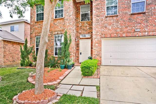 6012 Photinia Avenue, Denton, TX 76208 (MLS #14347678) :: Real Estate By Design