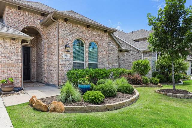 9916 Trinity Drive, Little Elm, TX 75068 (MLS #14347745) :: Frankie Arthur Real Estate