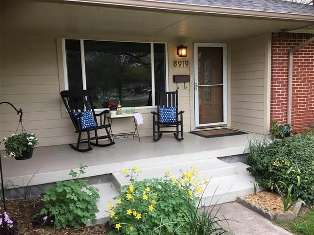 8919 Lockhaven Drive, Dallas, TX 75238 (MLS #14347960) :: Frankie Arthur Real Estate