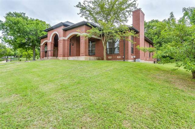 171 N Hurst Road, Burleson, TX 76028 (MLS #14348001) :: Robbins Real Estate Group